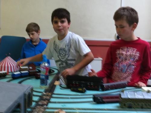 boys_trains